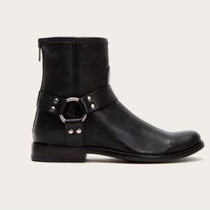 FRYE PHILLIP HARNESS BLACK BOOTS